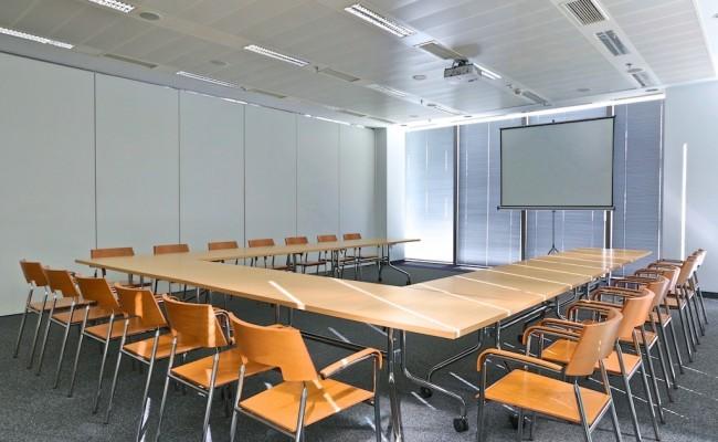 Sala konferencyjna II - U